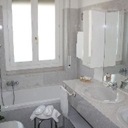 Bathroom Sole Mare