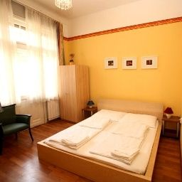 Zimmer Club Apartments & Rooms
