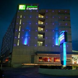 Фасад Holiday Inn Express TOLUCA GALERIAS METEPEC