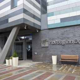 Фасад Holiday Inn Express MANCHESTER CITY CENTRE - ARENA