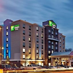 Фасад Holiday Inn Express Hotel & Suites COLUMBUS - POLARIS PARKWAY