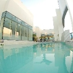 Pool Auris First Central Hotel Suites