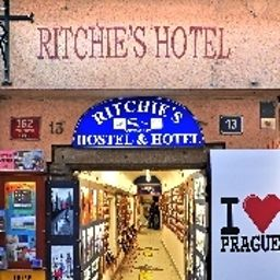 Фасад Ritchie's Hostel & Hotel