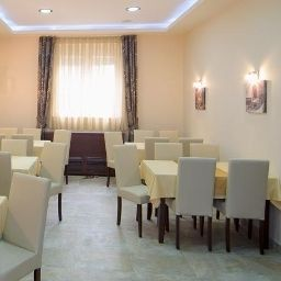 Breakfast room within restaurant Semlin Hotel
