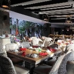 Breakfast room within restaurant Amarossa Suite Bali