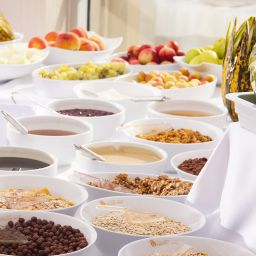 Buffet Golden Way Hotel Giyimkent