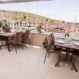 Restaurant Golden Way Hotel Giyimkent