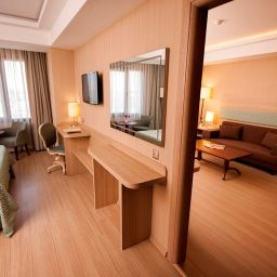 Suite Golden Way Hotel Giyimkent
