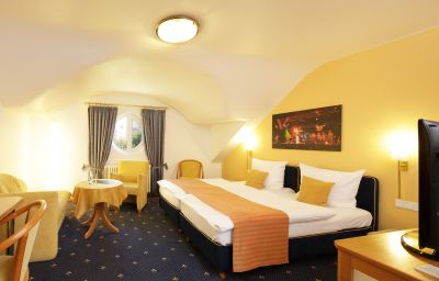 Park_Hotel_Post_Am_Colombipark-Freiburg-Double_room_superior-2-843.jpg