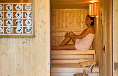 Mercure_Hotel_Bristol_Stuttgart_Sindelfingen-Sindelfingen-Wellness_and_fitness_area-6-964.jpg