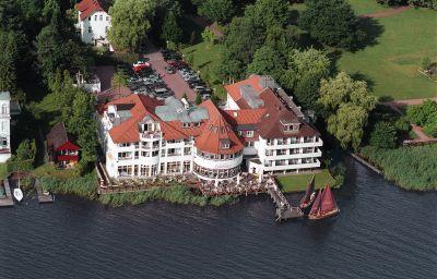 Seehotel_Faehrhaus-Bad_Zwischenahn-Hotel_outdoor_area-1014.jpg