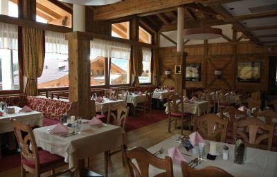 Alphof-Alpbach-Restaurantbreakfast_room-1-1069.jpg