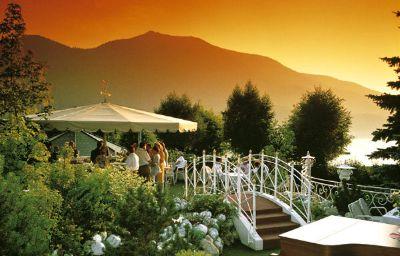 Ebners_Waldhof_am_See_Resort_Spa-Fuschl_am_See-Terrace-2-1071.jpg