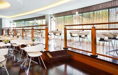 Sheraton_Roma_Conference_Center-Rome-Restaurant-2-1081.jpg