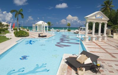 Sandals_Royal_Bahamian_Spa_Resort_Offshore_Island-Nassau-Pool-5-1099.jpg