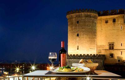 Mercure_Napoli_Centro_Angioino-Naples-Hotel_bar-7-1105.jpg