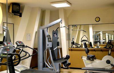 Crowne_Plaza_PARIS-REPUBLIQUE-Paris-Wellness_and_fitness_area-1-1185.jpg