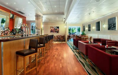 Bar hotelowy Hilton Birmingham Metropole