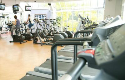 Hilton_Birmingham_Metropole-Birmingham-Wellness_and_fitness_area-3-1612.jpg