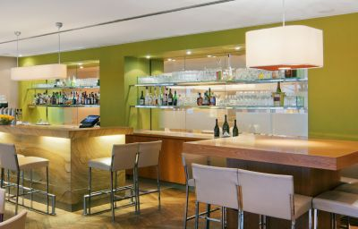 Bar hotelowy Crowne Plaza HANNOVER