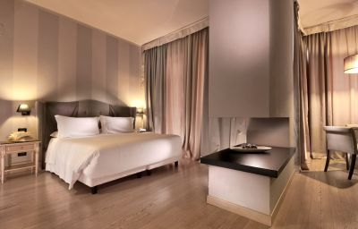 C-hotels_Ambasciatori-Florence-Room-21-1889.jpg