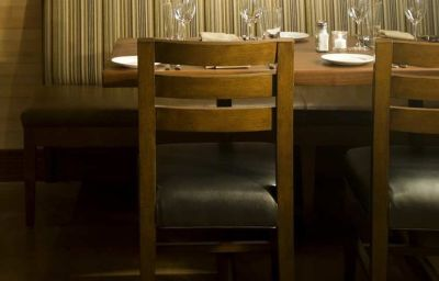 Restaurant DoubleTree by Hilton Chicago - Magnificent Mile