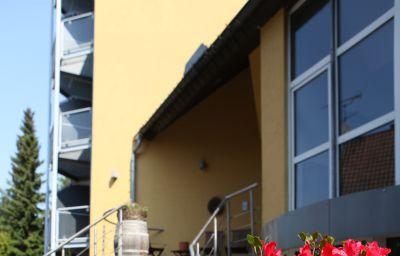 Wald_Golfhotel_Lottental-Bochum-Exterior_view-1-2635.jpg