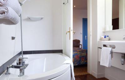Le_Bristol-Strasbourg-Bathroom-1-2976.jpg