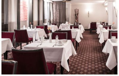 Am_Augustinerplatz-Cologne-Breakfast_room-2-3530.jpg