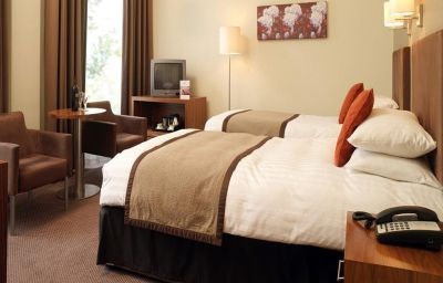 Royal_York_PH_Hotels-York-Double_room_standard-4615.jpg