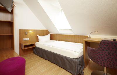 Kockelsberg_Berghotel-Trier-Single_room_standard-1-5371.jpg