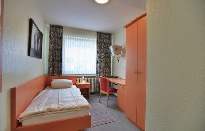 Alscher-Leverkusen-Room-10-5724.jpg