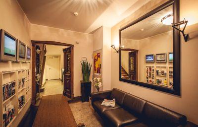Casa_Colonia_Nichtraucherhotel-Koeln-Innenansicht-1-5730.jpg