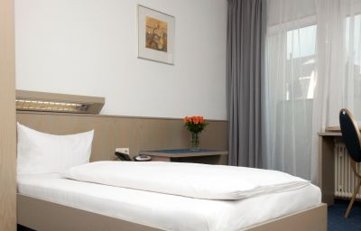 Royal-Frankfurt_am_Main-Single_room_standard-5810.jpg