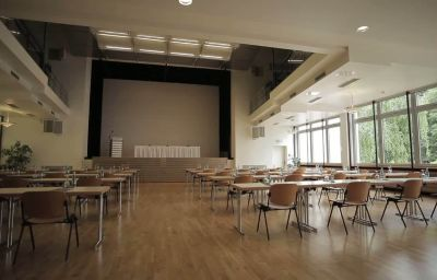 mainhaus-Frankfurt_am_Main-Conference_room-13-5950.jpg