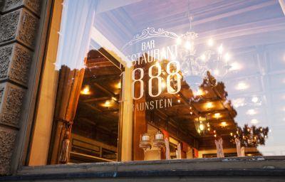Parkhotel_1888-Traunstein-Hotel_outdoor_area-6465.jpg
