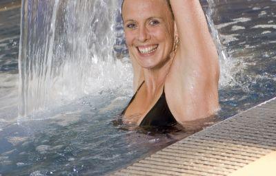 Schweizerhof_Sport-Beautyhotel-Kitzbuehel-Pool-1-7599.jpg