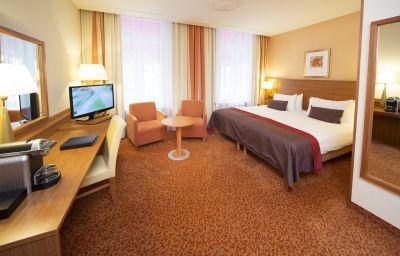 Zimmer Bilderberg Grand Hotel Wientjes