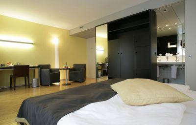 Seefeld_Sorell-Zurich-Double_room_standard-8434.jpg