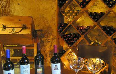 Villa_di_Piazzano-Cortona-Hotel_bar-1-9029.jpg