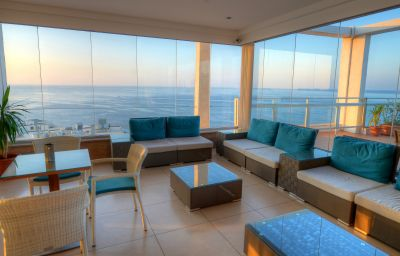 Terrace Preluna Hotel & Towers Sliema