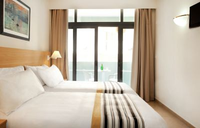 Room with balcony Preluna Hotel & Towers Sliema