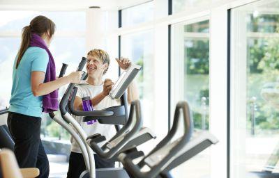 Allgaeu_Sonne_Kur-_und_Sporthotel-Oberstaufen-Fitness_room-7-9453.jpg