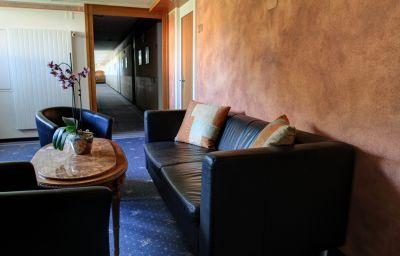 Alexander_Wellnesshotel-Weggis-Interior_view-1-9530.jpg