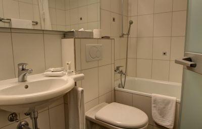 Alexander_Wellnesshotel-Weggis-Room-16-9530.jpg