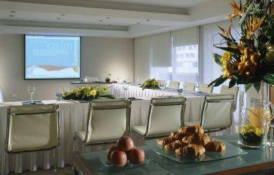 Conference room Hilton Singapore