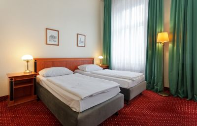 Azimut_Kurfuerstendamm-Berlin-Double_room_standard-7-10155.jpg