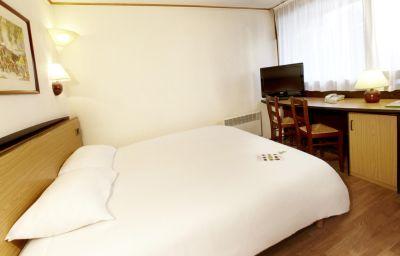 Campanile_-_Cherbourg_-_La_Glaciere-Cherbourg-Octeville-Double_room_standard-3-10190.jpg