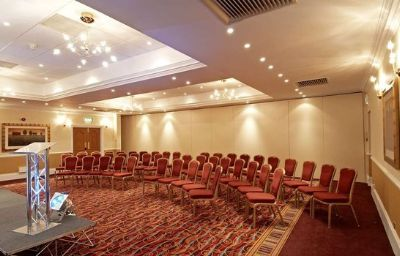 Hilton_St_Annes_Manor_Bracknell-Wokingham-Conference_room-5-10432.jpg