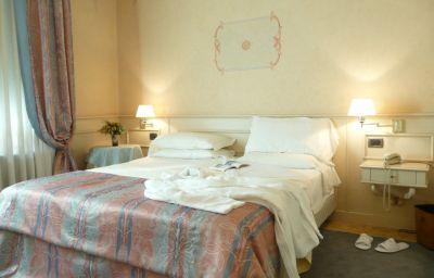 San_Luca-Verona-Room-6-10469.jpg